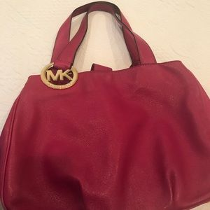 Magenta hobo bag